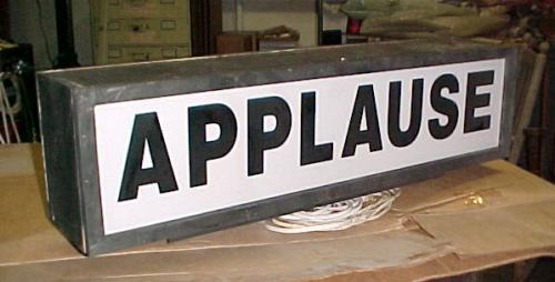 da3c/1236896057-applause-sign1.jpg
