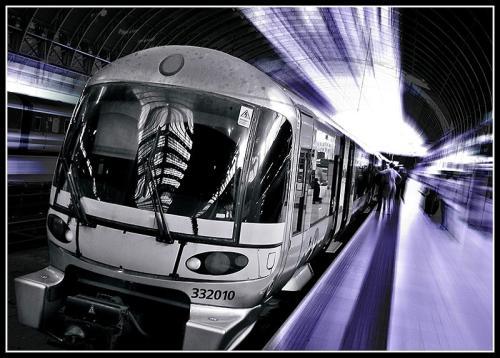 7579/1237397994-future_train2.jpg